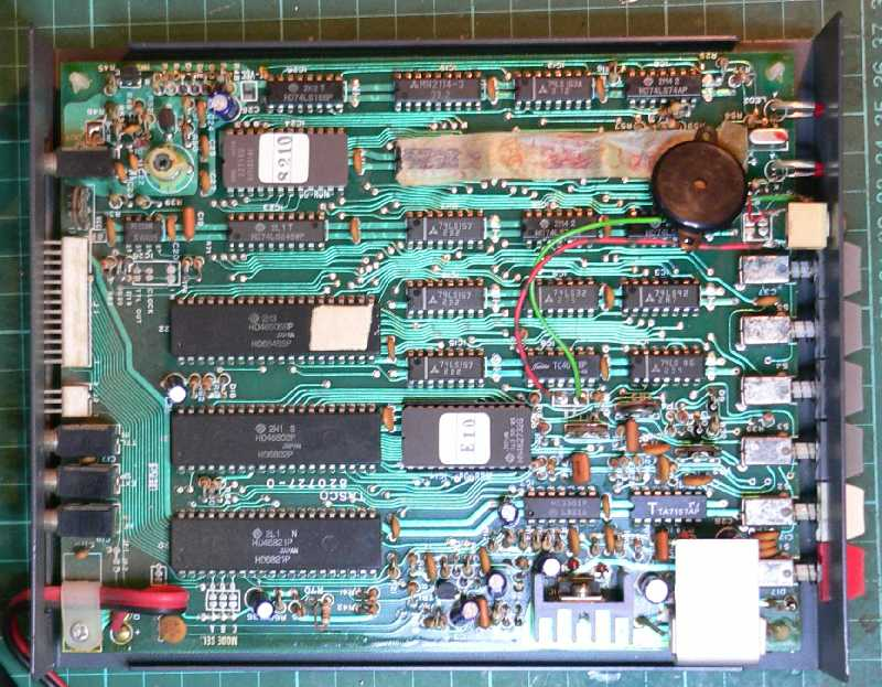 ZS1KE : Code Master CWR-610E